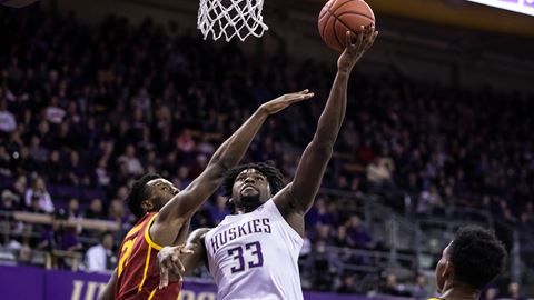 Washington's freshman big man, Isaiah Stewart had a dominant performance in his team's win over USC.  (Photo: Stephen Brashear/Red Box Pictures, via gohuskies.com.)